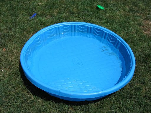 Hard plastic kiddie pool lookup beforebuying for Plastik pool rund