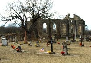 TX Hondo St Dom Church & Tree