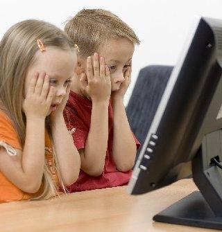 Shocked Kids at PC