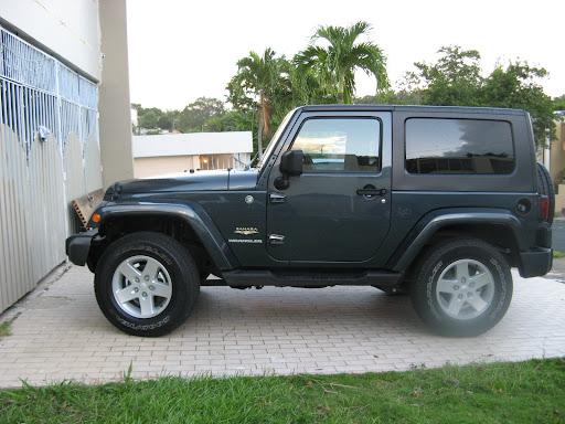 http://lh4.ggpht.com/_v4H4BltOe4E/R-pJaUq8nfI/AAAAAAAAAtQ/KgPBIyrlfcc/jeep+011.JPG