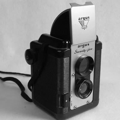 random camera blog the argus 75 a toy or a tool rh randomphoto blogspot com Old Argus Camera Values Argus Seventy-Five Camera