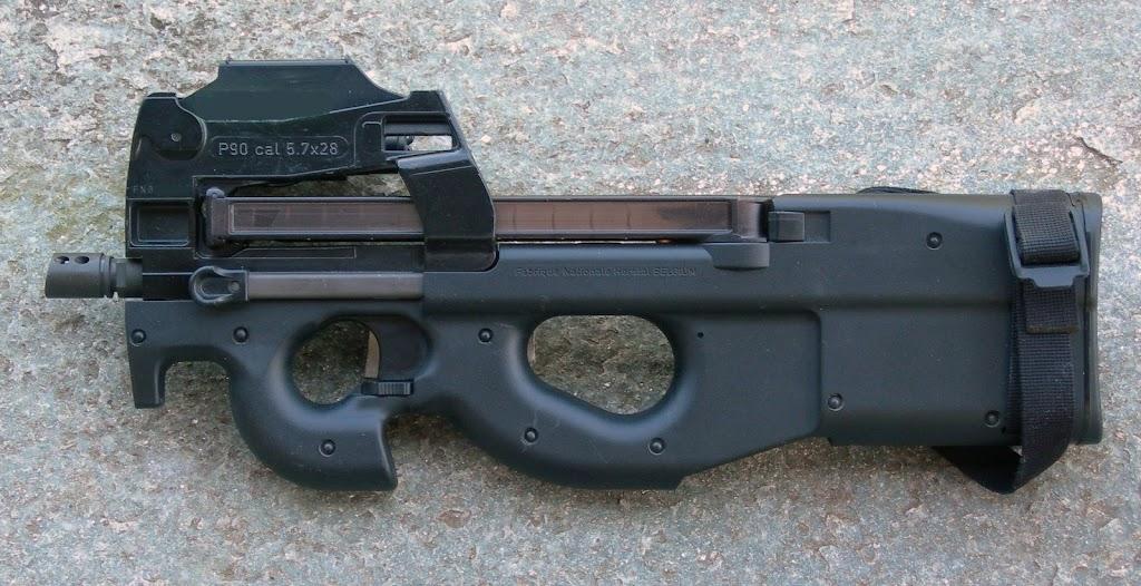 Pistolets-mitrailleurs : on n'en parle pas beaucoup ! DSCN1604bis
