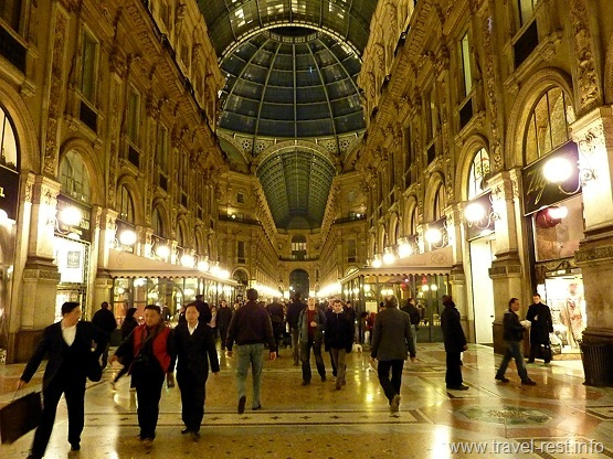 Galleria Vittorio Emanuele -night