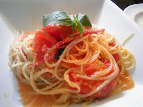 CARMA38のトマトパスタ