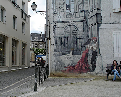 mural near Eglise St. Andre in Angouleme