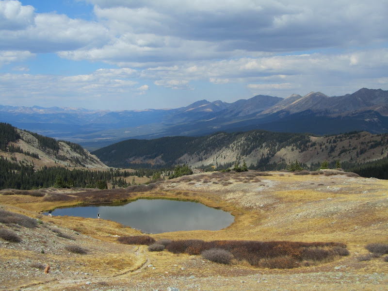 small alpine lake at the top of cottonwood pass in colorado