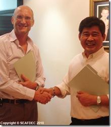 WorldFish Center Director-General Dr. Stephen Hall and AQD Chief Dr. Joebert Toledo