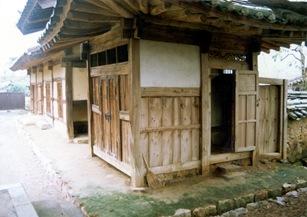 Cheongdo Daemunchae Outer servant's quarters