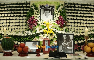 Park Yong Ha Funeral 05