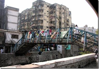 800px-Dharavi_Slum