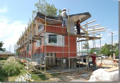 Float_House_Sept_7-prv_20091008113122_640_480