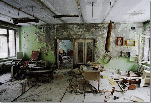 57059162DB008_Chernobyl