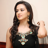 sana-khan-5-5.jpg