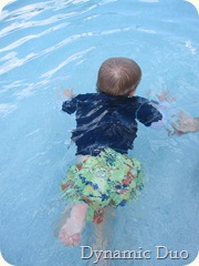 gus swims (2)