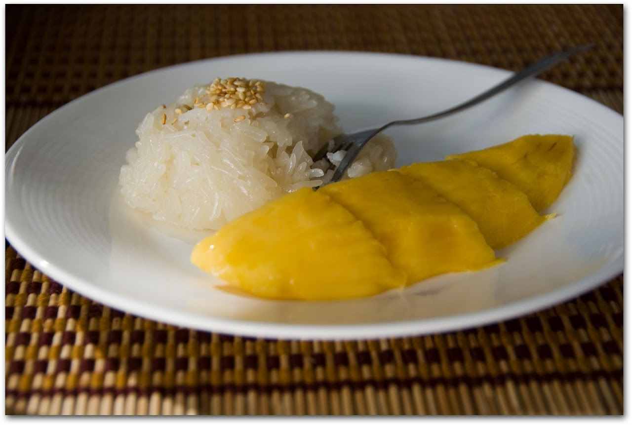 Mangos with sticky rice