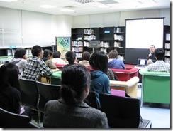 7同學專注聽導演分享