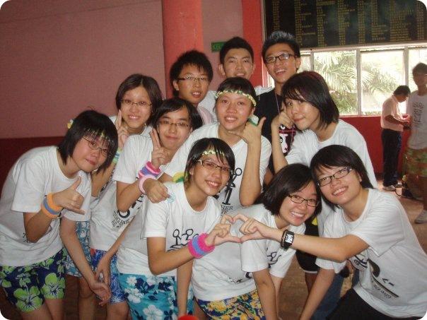 6M classmates. Kwang Hua graduation day