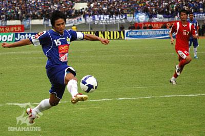 Suchao Nuchnum Persib vs PSPS 2009/2010