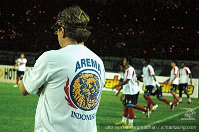 Robert Rene Albert Persib vs Arema 2009-2010