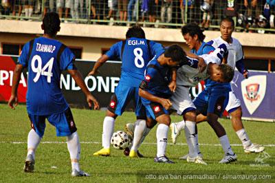 Pelita Jaya vs Persib 2010