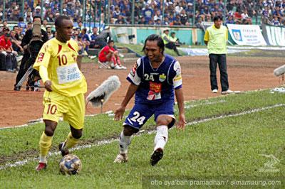 Hariono Persib vs Sriwijaya FC 2009/2010