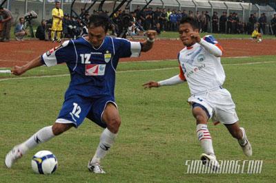 Gilang Angga Persib vs Persitara 2009