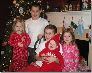 Kids at Christmas2