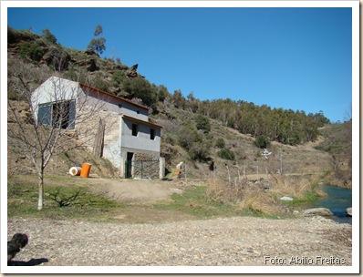 Vista da Casa e horta das pombinhas