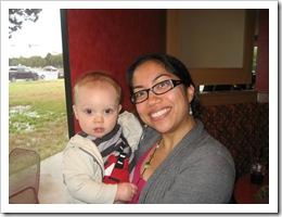 Reid & Bev enjoy a nice warm lunch on a rainy day in Austin, 2-8-10