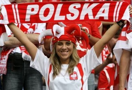 Polish football chick