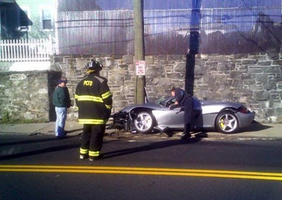 crashed ferrari 2