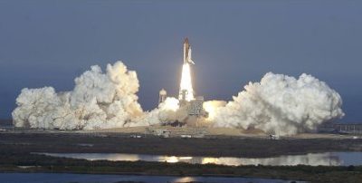 Nasa space shuttle discovery last launch