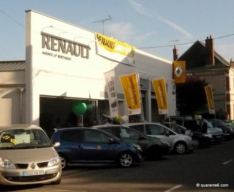 R novation archive eric leconte franck semard architectes - Garage renault chambray les tours ...