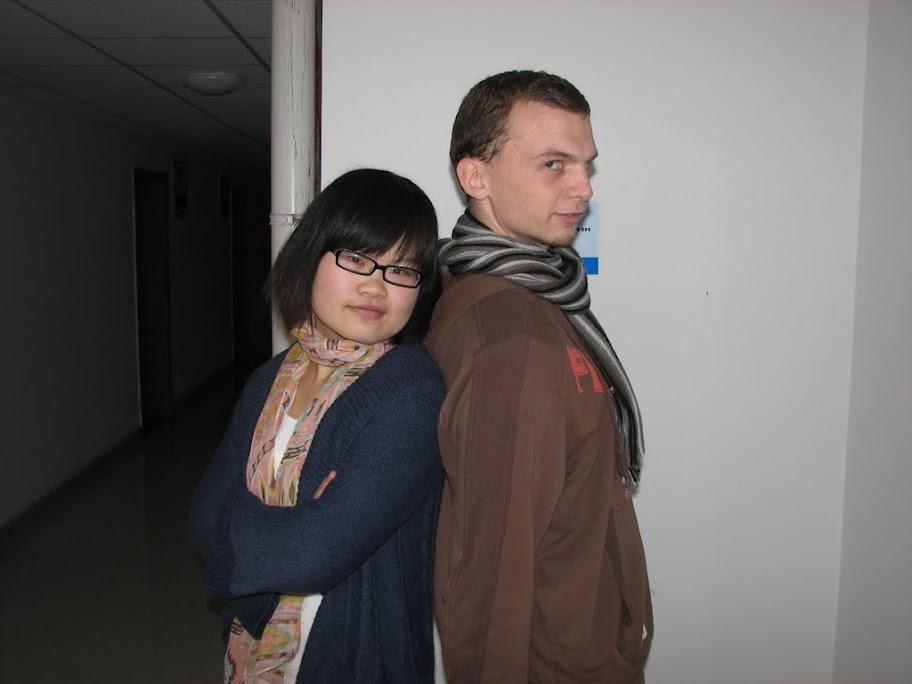 Notre première prof' de chinois et Pierre-Louis
