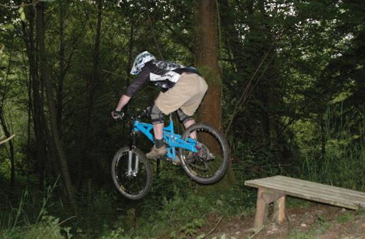 Marin jumping