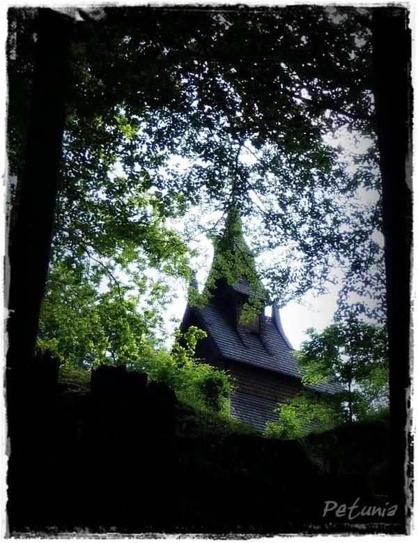 Himmelsk 9a Fantoft Stavkirke