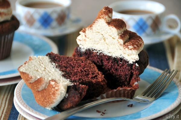 Mocha Tiramisu Cupcakes