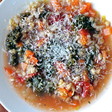 Dinner Tonight: Italian Kale and Farro Soup
