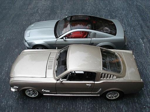 http://lh4.ggpht.com/_xEwEhGrtCS4/RxwziqjJEJI/AAAAAAAAF8k/wAoDSqYIsLk/2004+Ford+Mustang+GT+Concept+-025.jpg