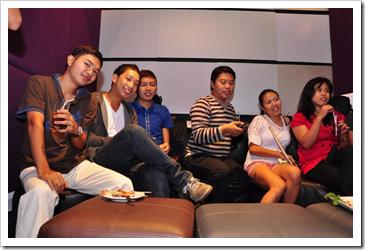 jaysee pingkian and cebu bloggers society members