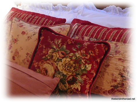 Red Rose Fall and Winter Quilt set