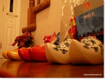 Wooden Shoes visited by Sinterklaas