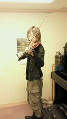 satsuki with violin