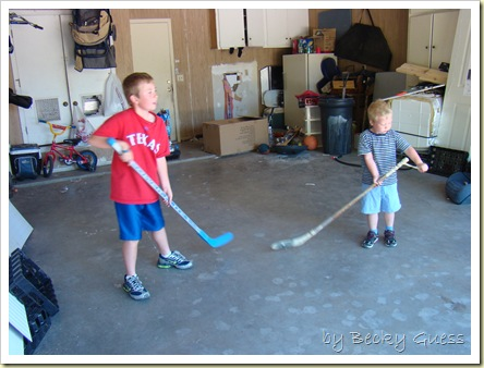 05-20-10 garage hockey 07