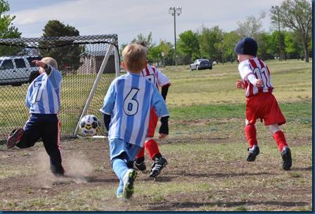 05-01-11 Zane soccer 17