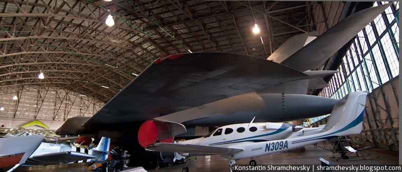 Американский США Стратегический Бомбардировщик Сверхзвуковой Б-1 Лансер Улан Стелс самолёт изменяемая геометрия крыла Strategic Supersonic Bomber B-1 Lancer Stealth Aircraft Airplane variable sweep wing