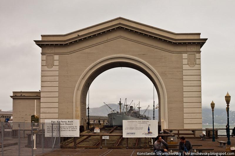 USA California San Francisco Pier 43 Ferry Arch США Калифорния Сан Франциско Пирс 43 Арка