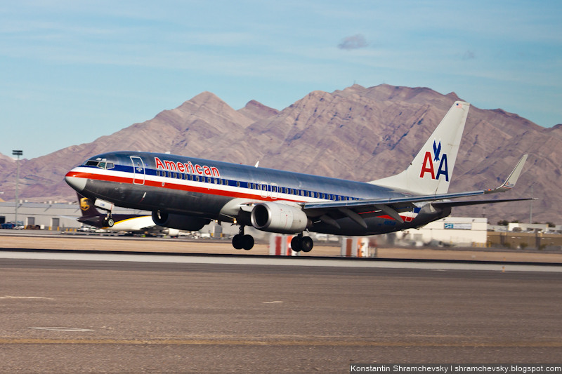 USA Nevada Las Vegas McCarran International Airport American Airlines Boeing 737 США Невада Лас Вегас Международный Аэропорт МакКарран Американ Эйрлайнз Боинг 737