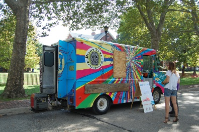 Honest Tom's Taco Shop was among three Philly trucks to serve at the Vendys. The other two were Chester Spring's Birchrun on a Roll and Denise's Soul Food ...