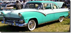 1955_Ford_Fairlane_2-Door_NUK072
